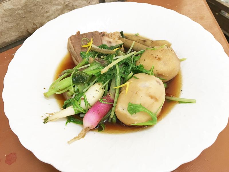 牛肉と根野菜のブイヨン煮